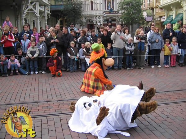 disneyland paris  halloween 2006 photos