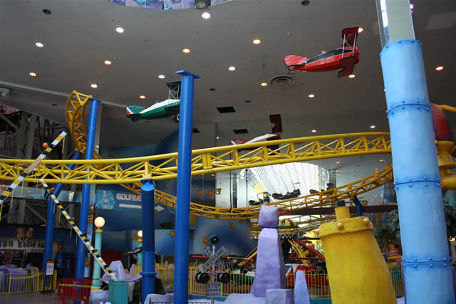 Cars That Start With A >> West Edmonton Mall: new coaster name in Galaxyland - Parksmania