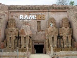 """Gardaland - La nuova facciata di """"Ramses: il risveglio"""""""