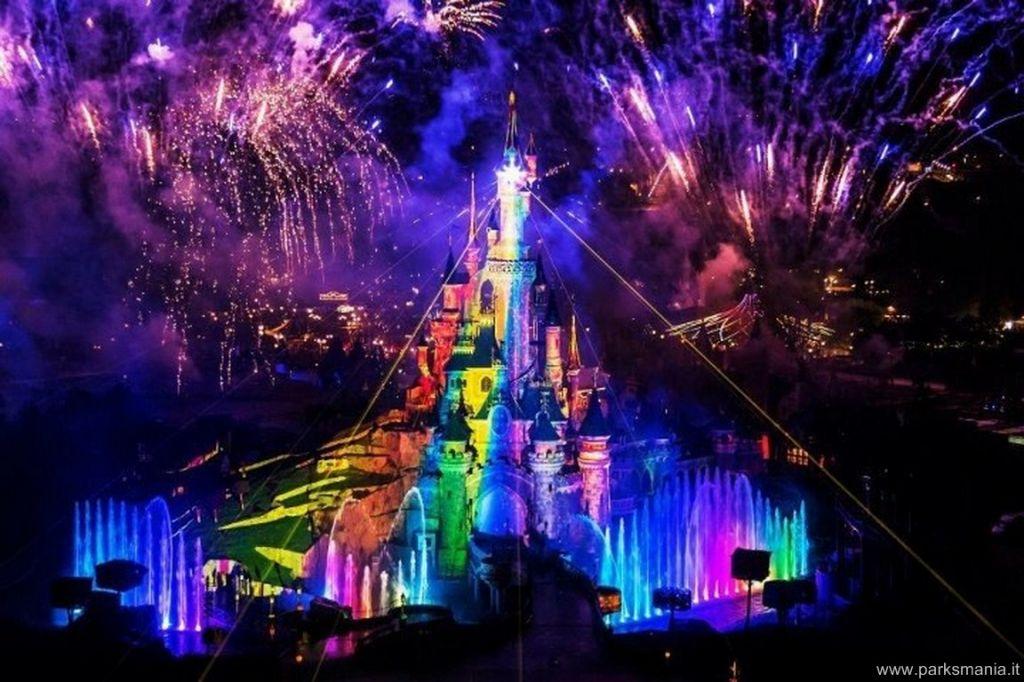 """Disneyland Paris: il report della presentazione di """"Dreams ... Tomorrowland 2012 Wallpaper"""