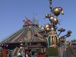 Disneyland Paris ai raggi x: Space Mountain