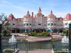 Disneyland Hotel a Disneyland Resort Paris