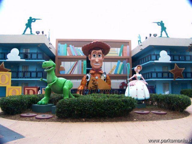 Camere A Tema Disney : Quando la magia del parco ti segue anche in camera da letto parksmania